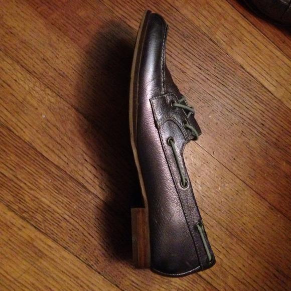 Vintage Crown Shoes 71