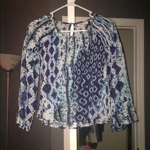 Tie dye patterned crop shirt