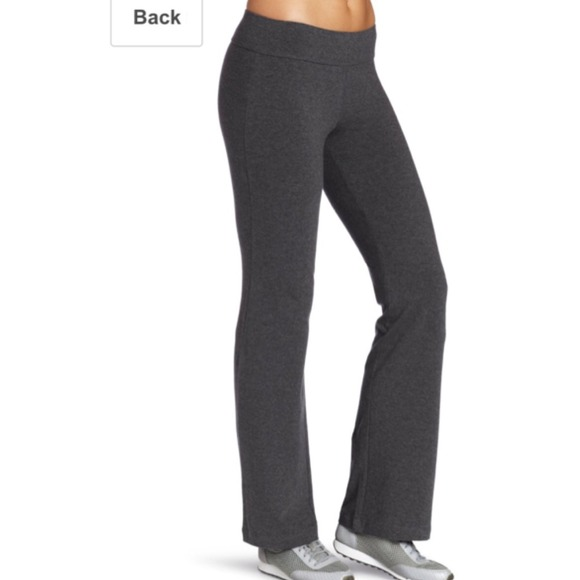 75% off Spalding Pants - 🚫SOLD🚫Yoga Pants Charcoal from Alex's ...