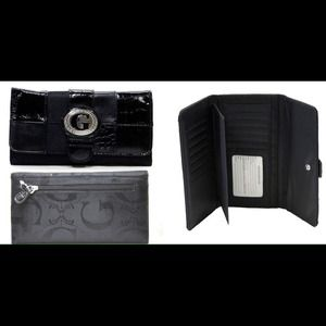 Handbags - Signature G Style Trifold Checkbook Wallet