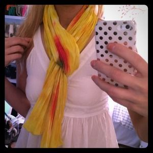 Yellow abstract scarf! 💛