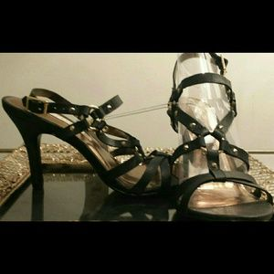 Cynthia Vincent Shoes - 🎀NWT Black Gold Stud Beautiful Shoe Heel Stiletto