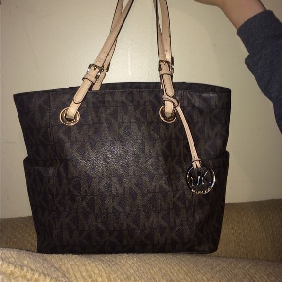 be155a268149 Michael Kors Bags | Sold Jet Set Signature Tote Brown | Poshmark