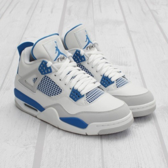cbb5bdeea2f5 Jordan military blue retro 4s. M 547df4cb6474b97289367253