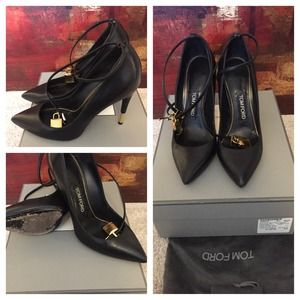 a947ccb198 Tom Ford Shoes - Tom Ford Padlock Ankle-Wrap Leather Pump 🔐🔐