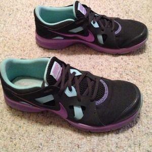 Nike Memory Foam Shoes