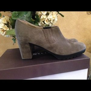 anyi lu Shoes - Anyi Lu stone suede booties!
