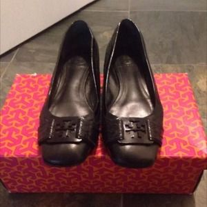 100%Auth Tory Burch shoes sz 8