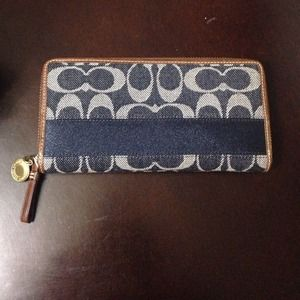 coach denim legacy zippy wallet