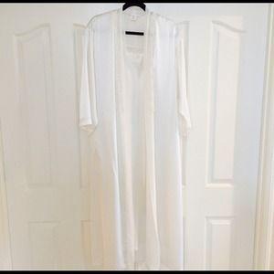 White Vintage Carole Hochman Robe & Nightie