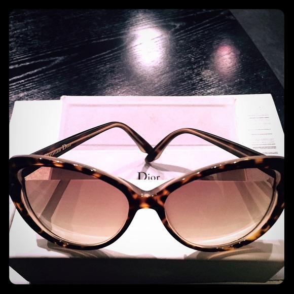 6cef93a732d Dior Accessories - Christian Dior Pondichery Cat Eye Sunglasses