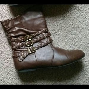 Brown faux leather buckle booties boots 7/8 Medium