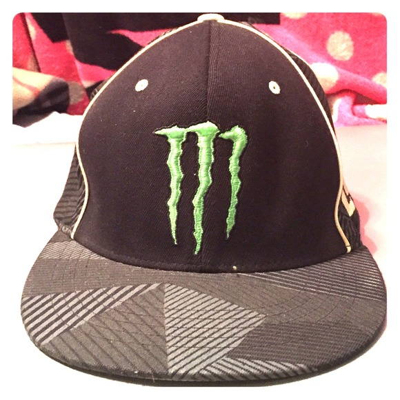 bac074a5 Monster Energy
