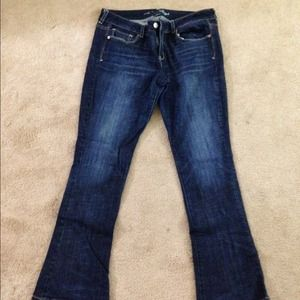 bundle 3 NWOT American eagle jeans !