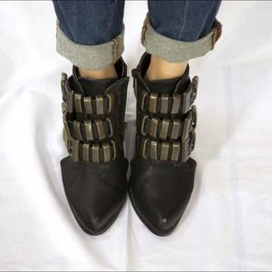 Forever 21 buckled booties