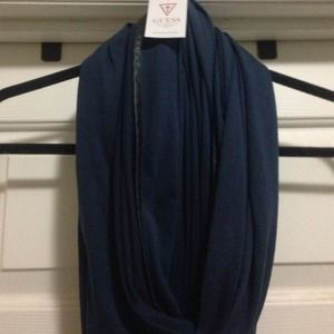 GUESS Scarf Infinity Dark blue w/ Black piping