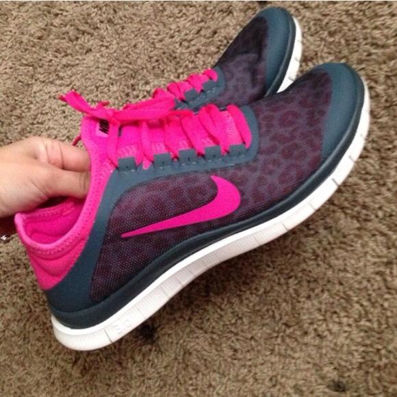 Nike Chaussures De Sport Guépards Gratuit Enfants