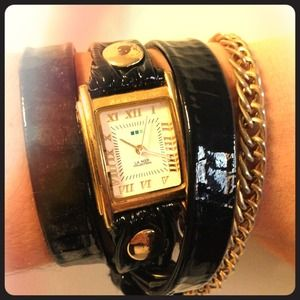 La Mer Black Wrap Watch