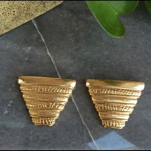 Accessories - Gold Pyramid Shaped Shoe Clips