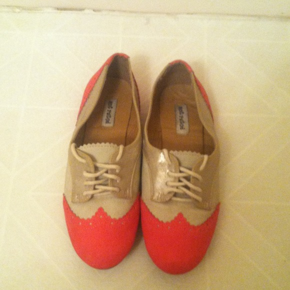 Shoes A Baby Doll Type Of Flat Shoe Worn Once Poshmark
