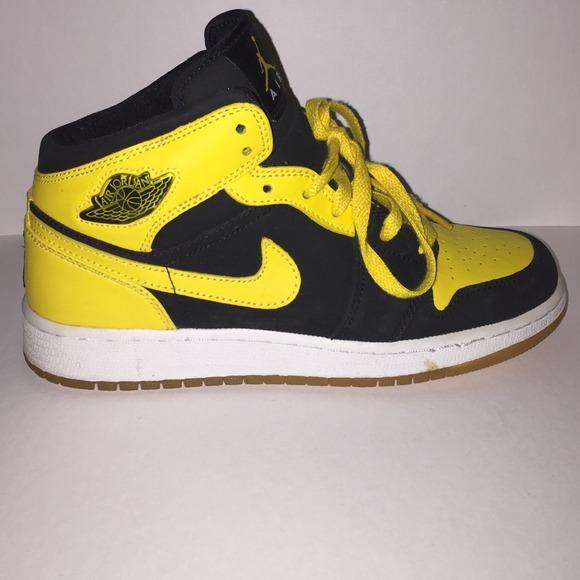 Retro Air Jordan Bumblebee Edition