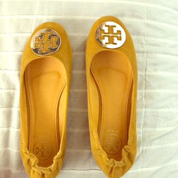 Tory Burch Flats Yellow And Gold Faux