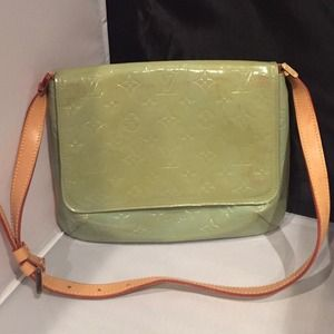 Auth! Louis Vuitton Vernis Thompson Street Bag