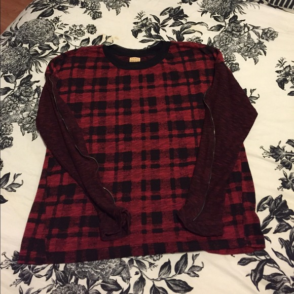 zara zara plaid top from fashionaddiction 39 s closet on poshmark. Black Bedroom Furniture Sets. Home Design Ideas