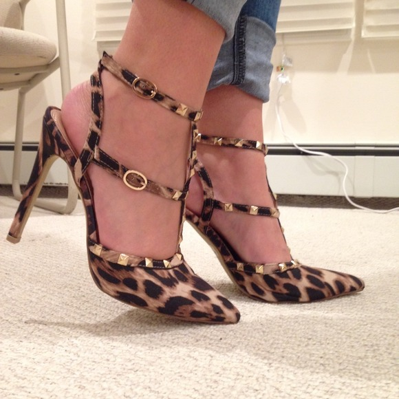 Leopard Rockstud Inspired Pumps!
