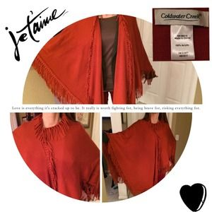 HP 12/5🎉 Coldwater Creek Wrap trimmed with fringe