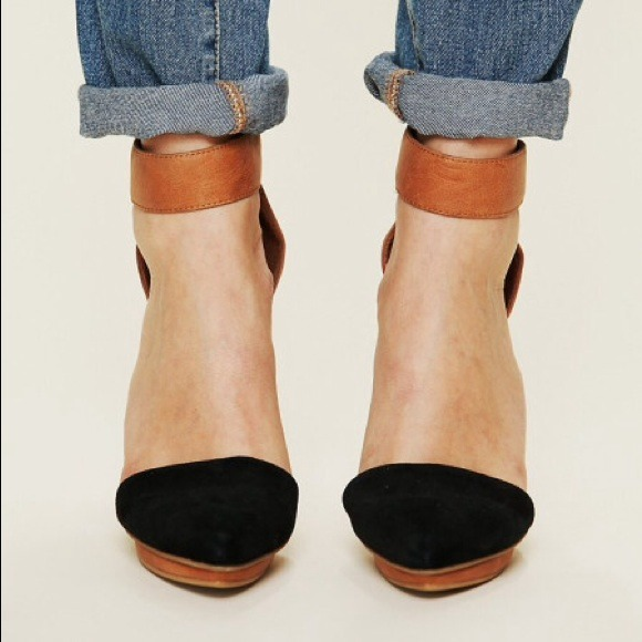 Jeffrey Campbell Shoes - JEFFREY CAMPBELL SOLITAIRE PUMPS HEELS | 7.5