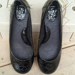 B.O.C Shoes - FLASH SALE! Like New Black Patent Croc Design Flat