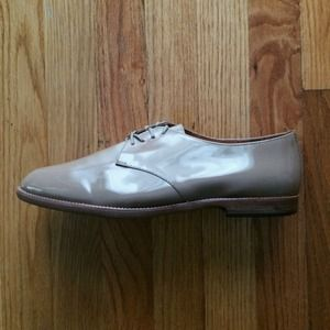Madewell Patent Oxford in Kraft Brown
