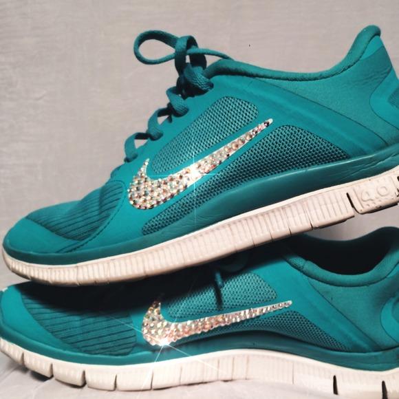 customized bedazzled Nike 4.0. M 548291ac665aa071f1148f72 2d4fe03dea81