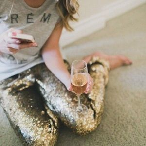 🎁JUST ARRIVED🎁Gorgeous Gold Sequin Leggings❤️