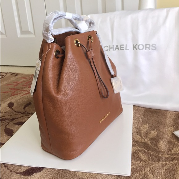 25% off Michael Kors Handbags - MK Jules Drawstring Leather Large ...