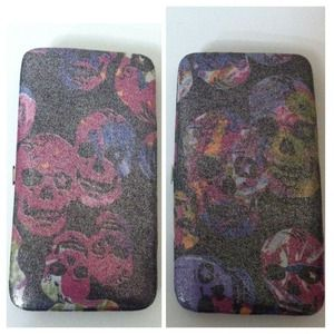 Metallic Holographic Skulls Wallet
