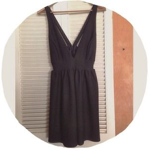 Forever 21 Dresses & Skirts - ✴️FINAL $✴️ NWT! F21 Deep Plunge Party Dress