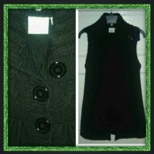 Piper&Blue black sweater vest!!