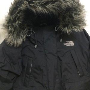 S Women's North Face Coat