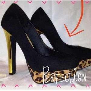 Shoes - BNIB Black, Leopard & Gold Heels