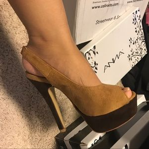 Suede Colorblock Slingback Peep Toe Platform Pump