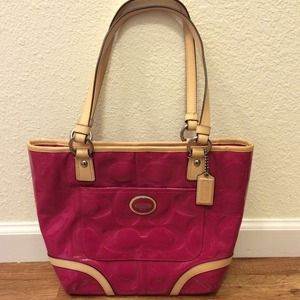Pink and Tan Coach purse💖