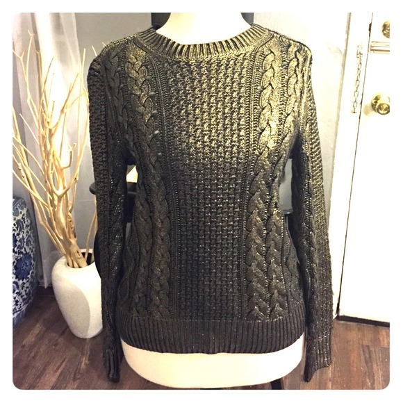 Michael Michael Kors Gold cable knit sweater. M 5484dfbe72cb8c6754255fd9 1230be28d