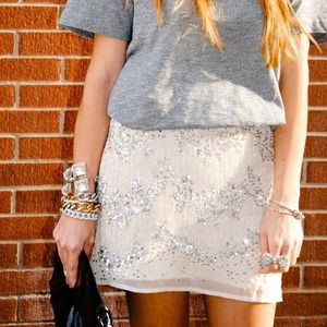 *Looking for this H&M skirt!*