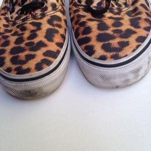 Vans Shoes - ⭐️Host Pick⭐️Leopard Vans Sneakers