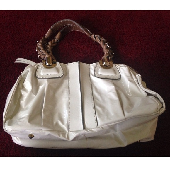 84% off Chloe Handbags - Chloe white vinyl \u0026#39;heloise\u0026#39; handbag from ...