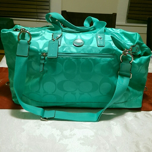 f9761e10da90 Coach Getaway travel gym Aqua duffle bag