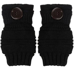 Accessories - NEW Fingerless Cable Knit Gloves in Black