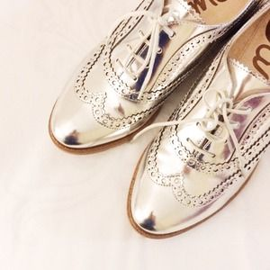 Sam Edelman Shoes - Sam Edelman Silver Oxfords